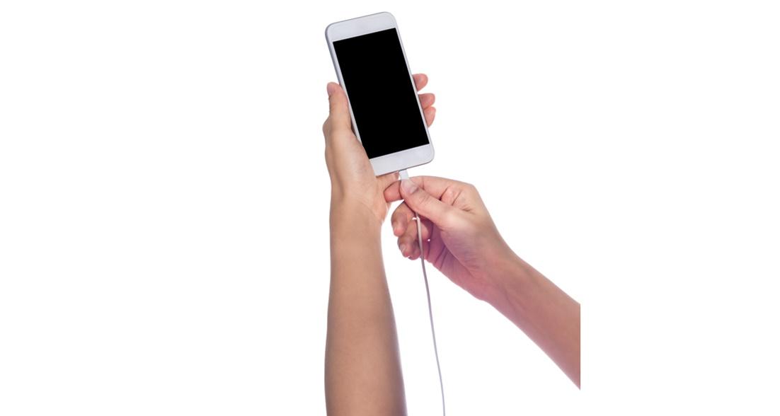 Meu iPhone 6 não carrega nem desligado, o que posso fazer? | iGeek's